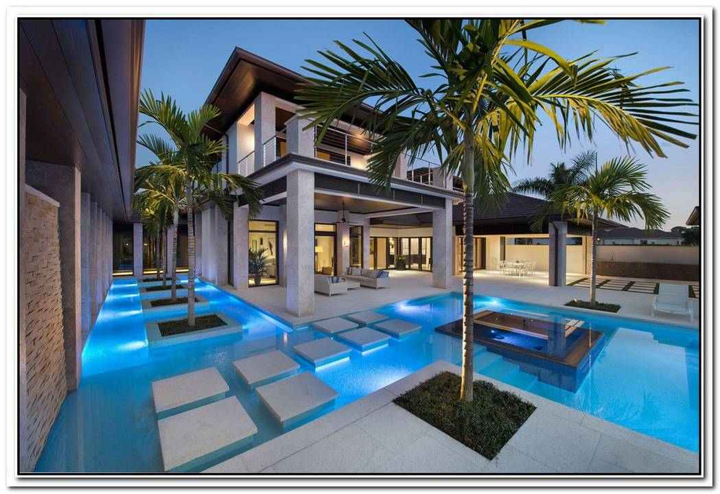 Contemporary Dream House With Backyard Pool
