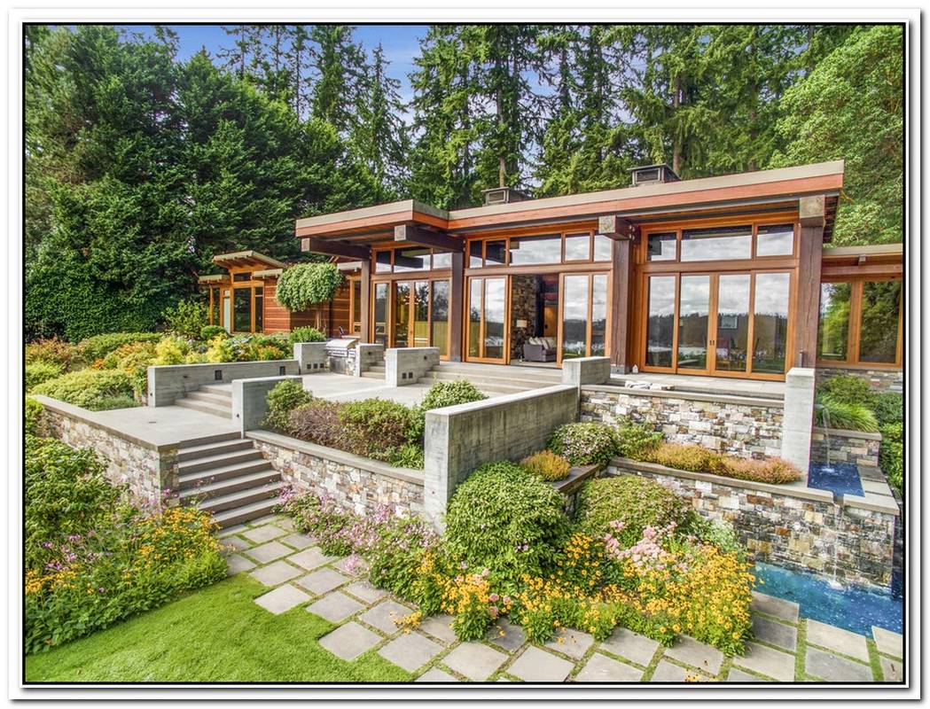 Contemporary House On Bainbridge Island