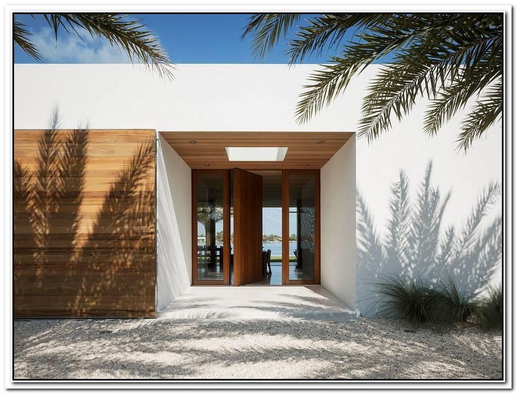Contemporary West Palm Beach Property