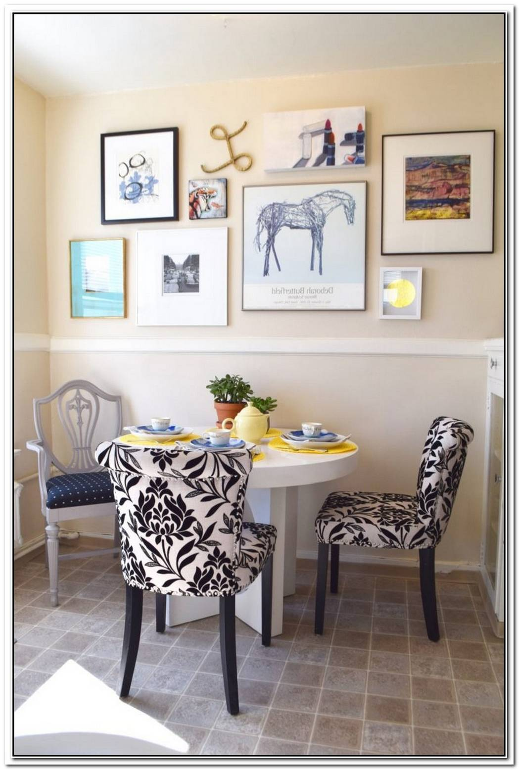 Creating A Dining Area In Small Spaces