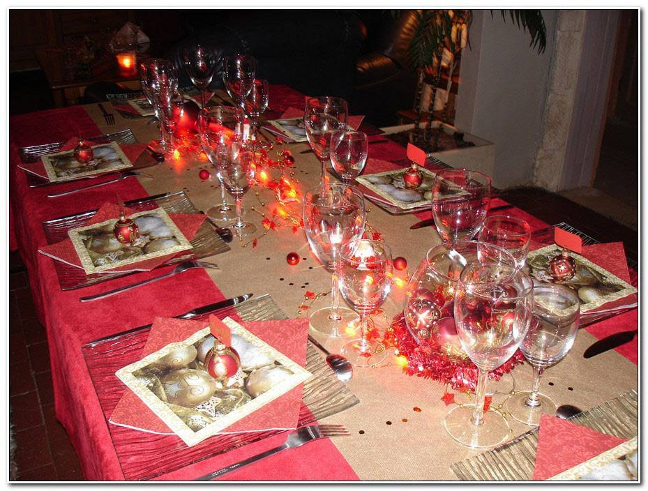 Deco De Table Noel Rouge Et Or
