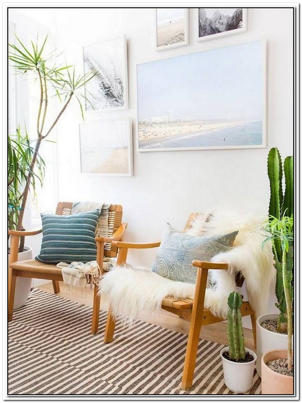 Desert Chic Meets Minimalism In This Cozy Bedroom