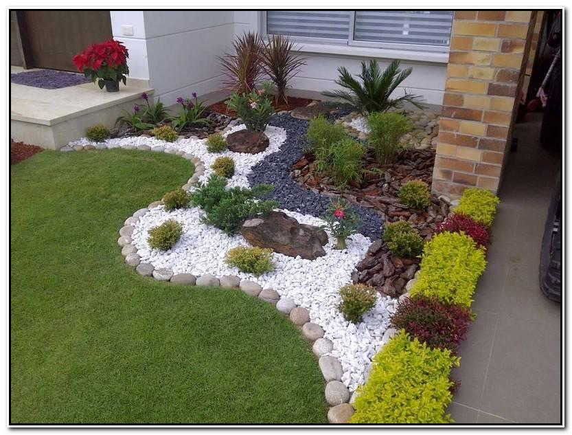 Elegante Adornos De Jardin Imagen De Jardín Decorativo