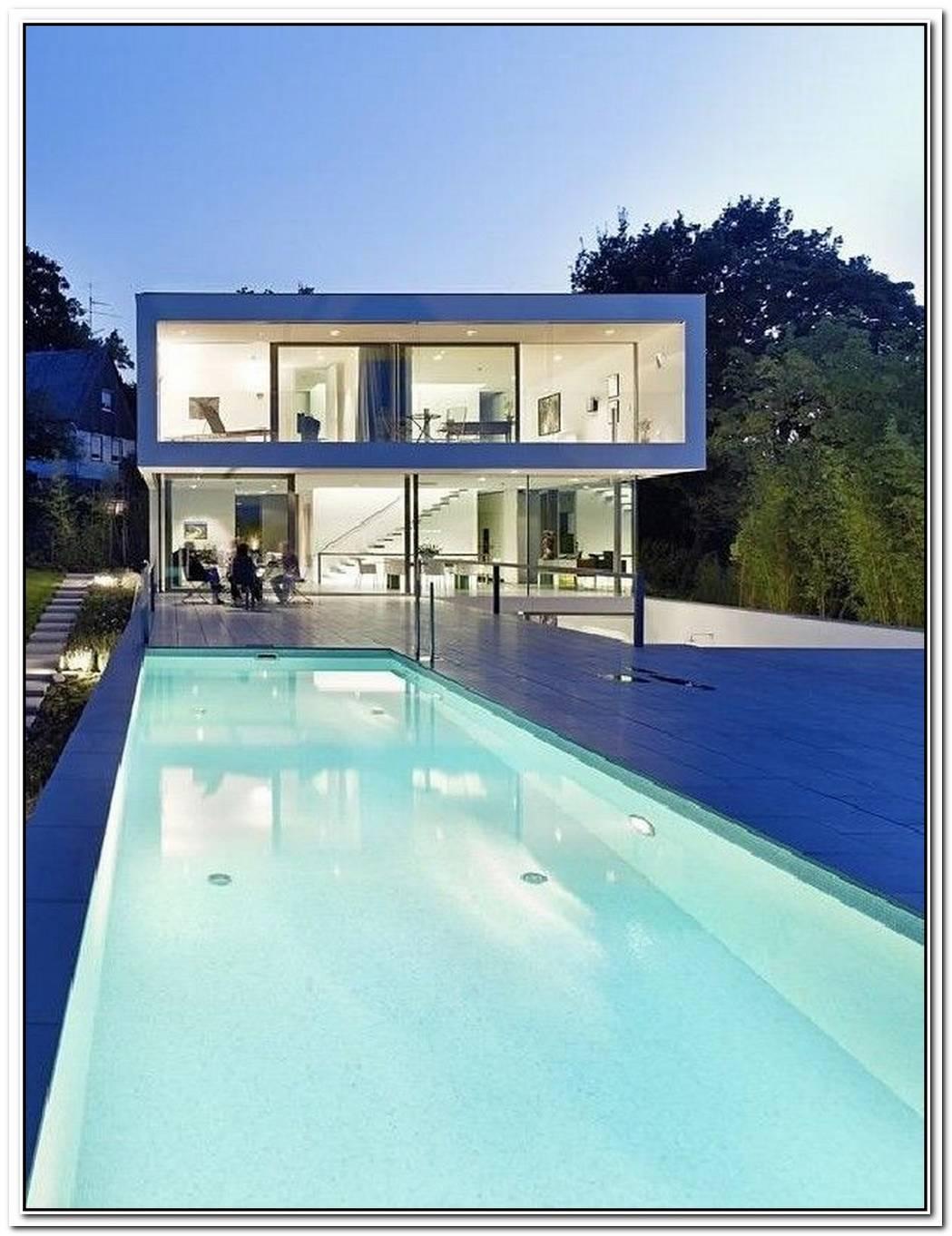 Elegantly Displaying A Minimalist DesignPuristische Villa