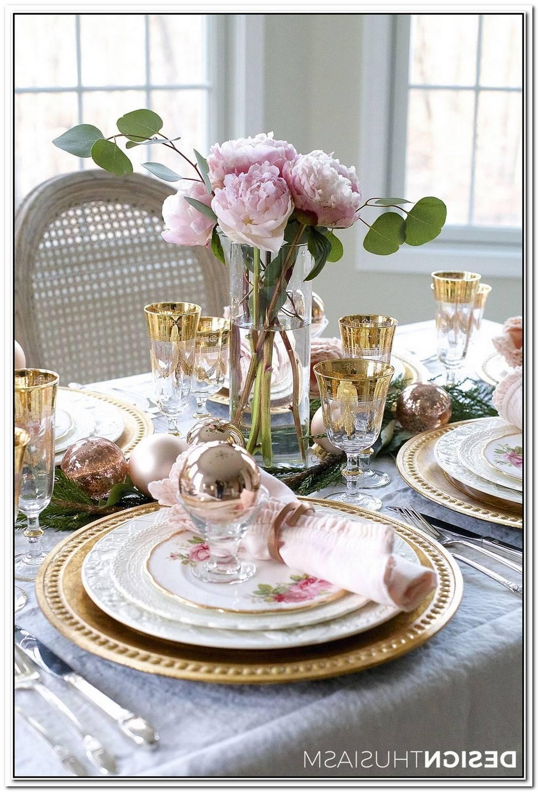 Elegantly Sleek Ribbon Table