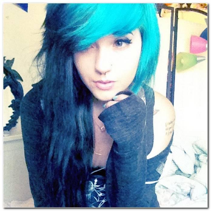 Emo Frisuren Schwarz Blau