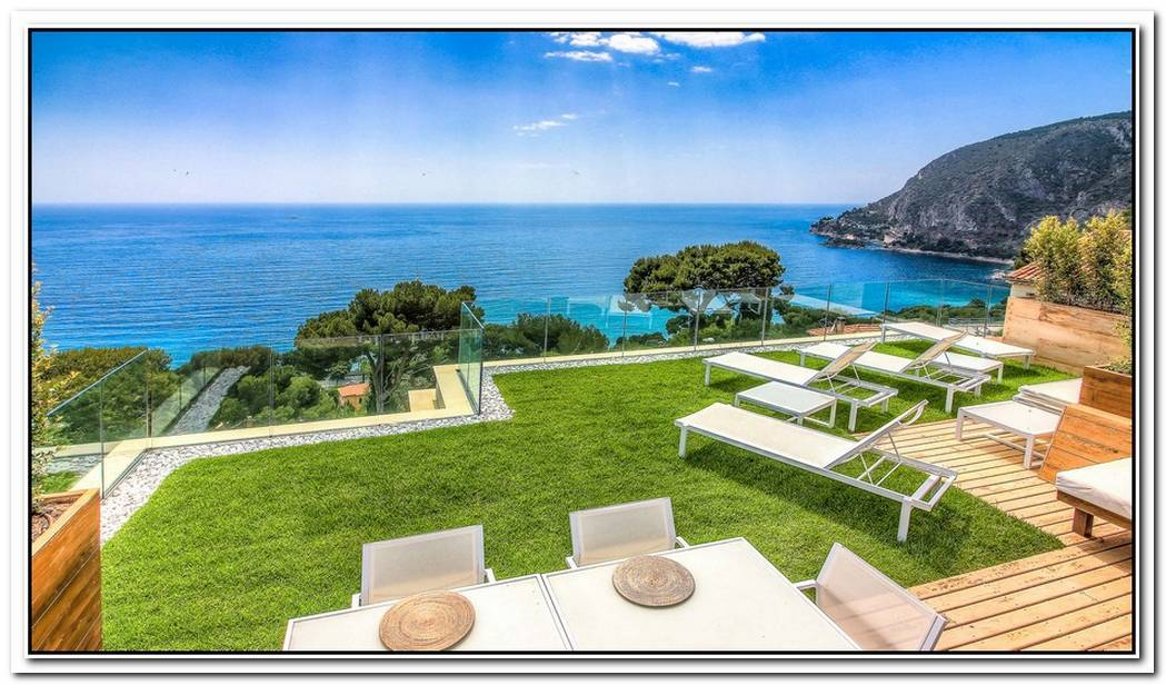 Exceptional Retreat In Cap Ferrat With Amazing Views Over The Mediterranean