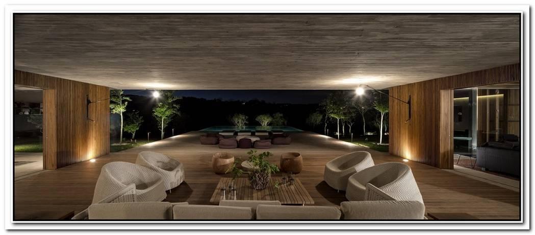 Extravagant House By Marcio Kogan