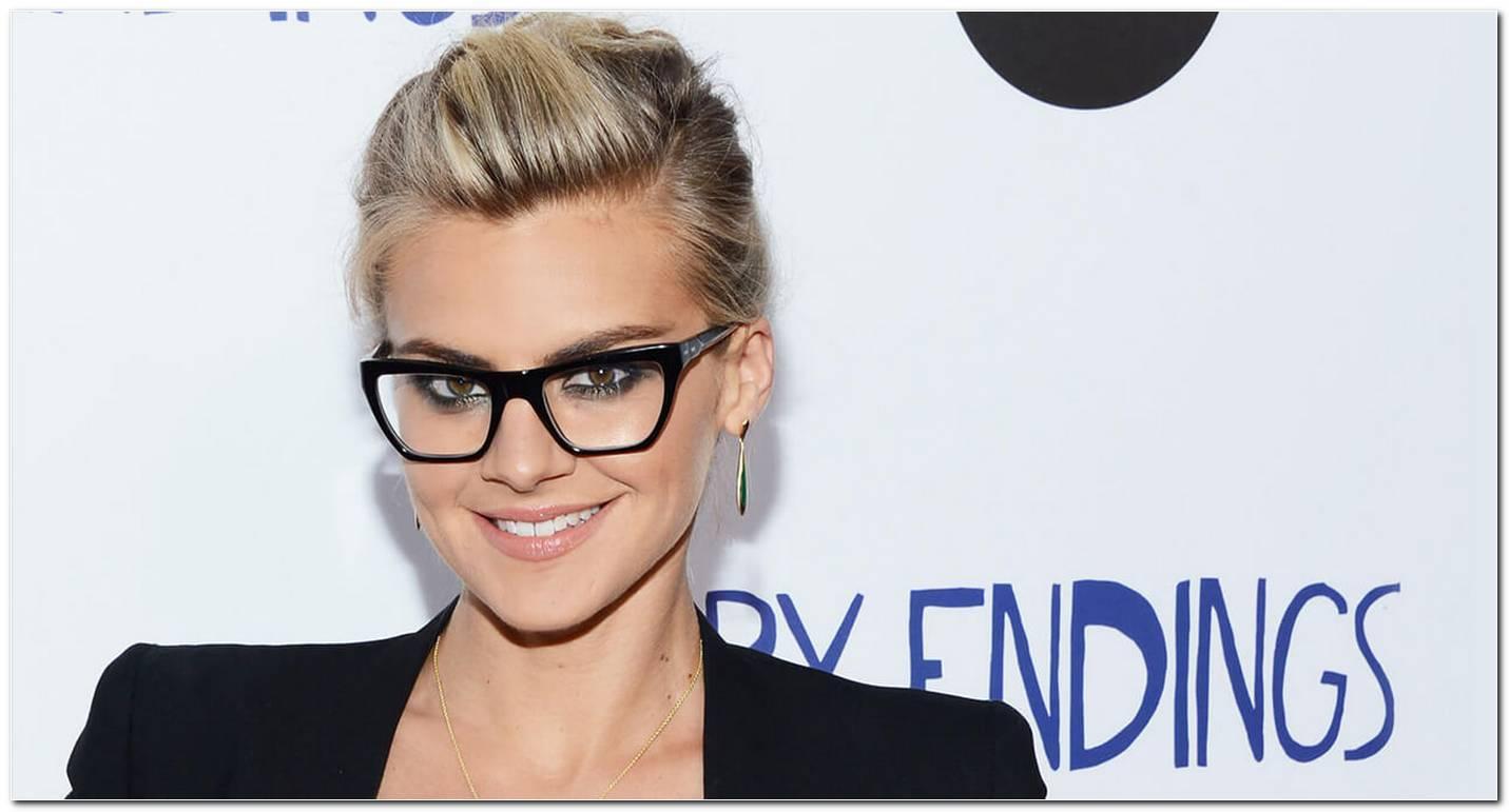 Frisuren Bei Hoher Stirn Und Brille