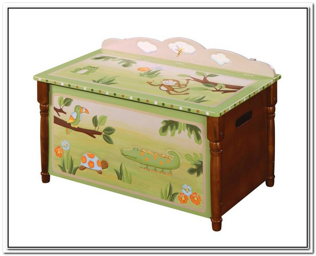 Fun And Practical Toy Chest For Kids