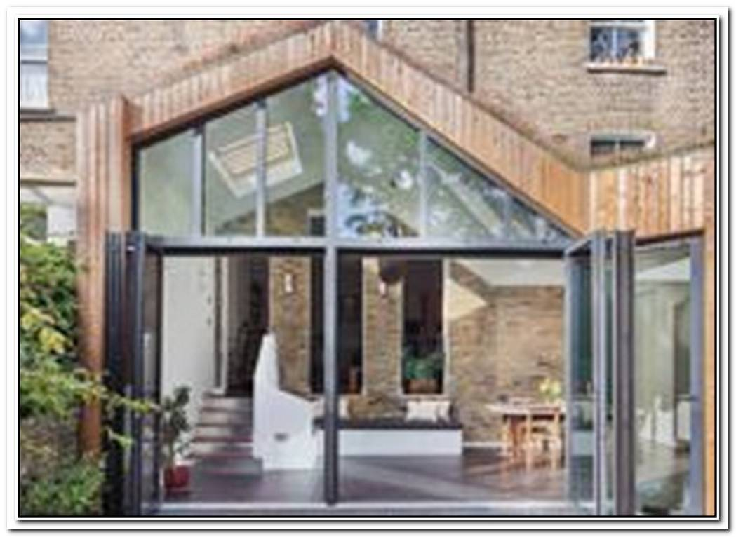 Glazed Timber Extension Rejuvenates Dreary London Home