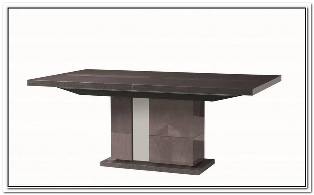 Heritage Pedestal Table