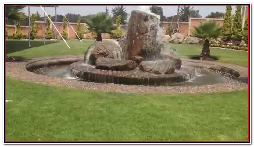 Hermoso Jardin Fuente De Piedra Galería De Jardín Estilo