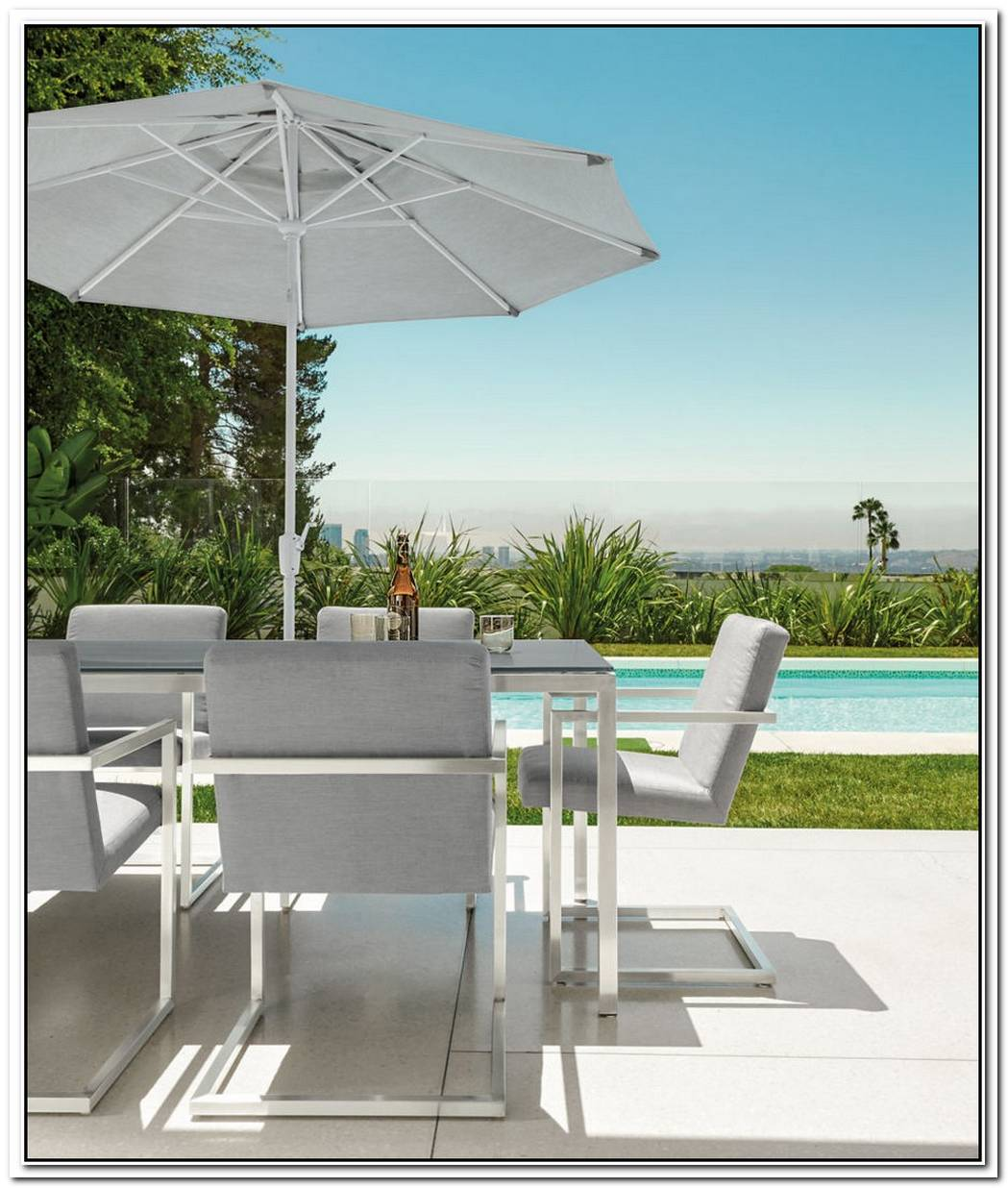 HighEnd Patio Furniture Options For Spring