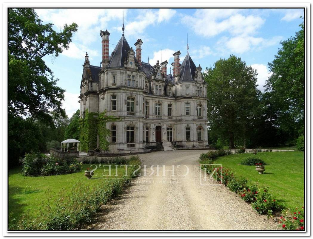 Impressive 19th Century Chateau In Central Park Now On The Market