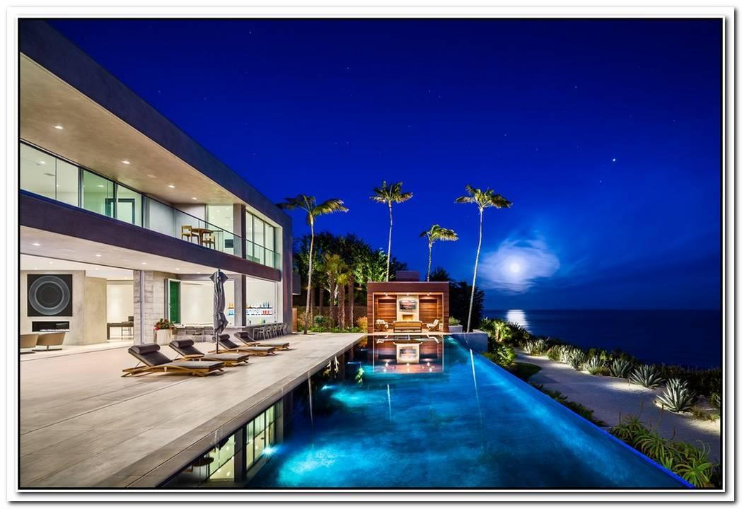 Impressive Malibu Residence With Indoor Glass Pool
