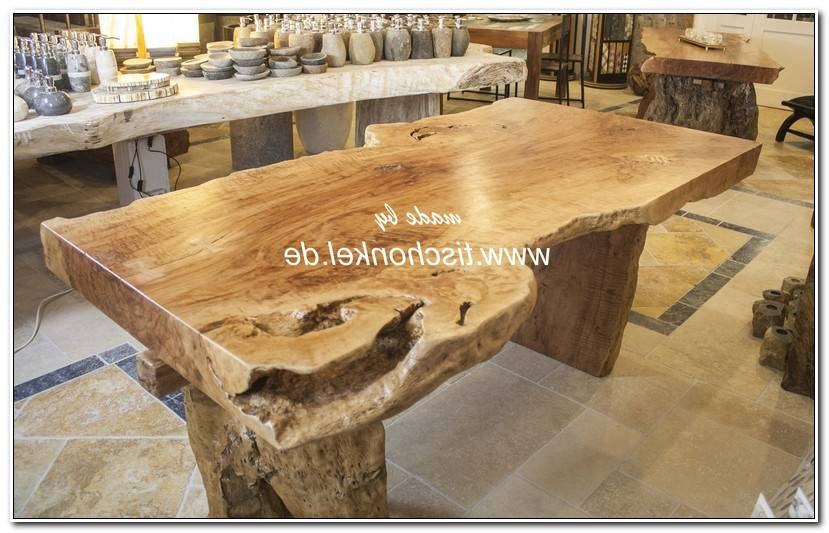 In Baumstamm Tischplatte