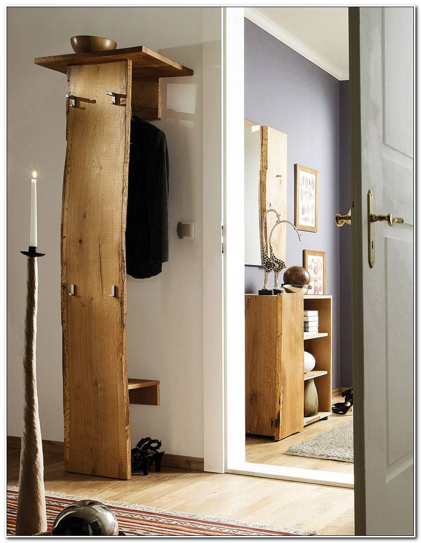 Into Kindergarderobe Holz
