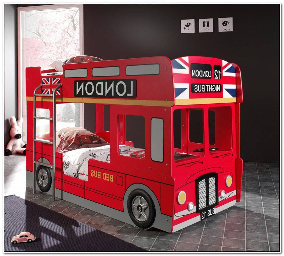 Lit Superpose Bus London