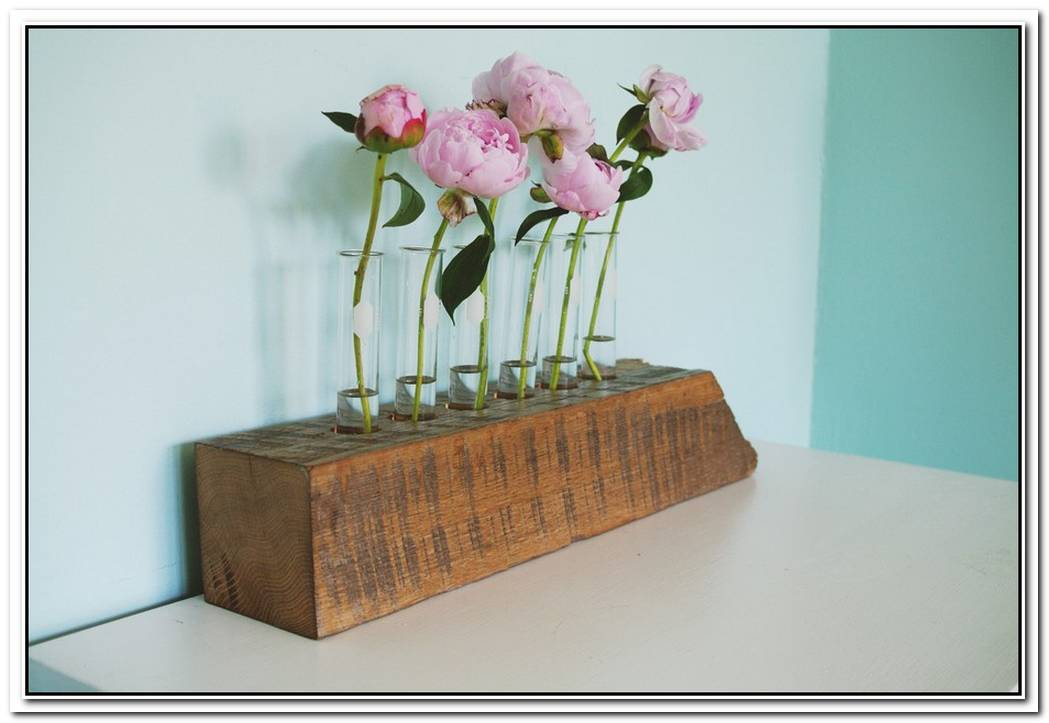 Lovely Diy Wood Bud Vase And Salt Dish