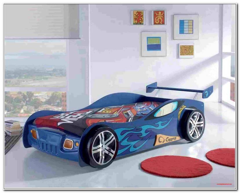 Luxury Bett Auto