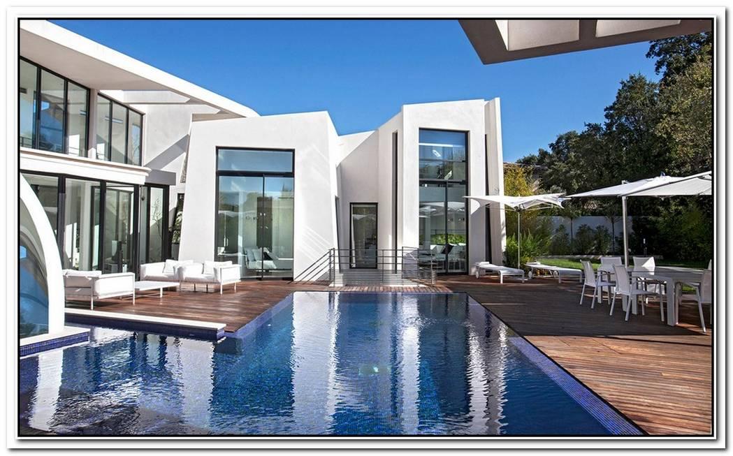 Luxury Villa Rental In France