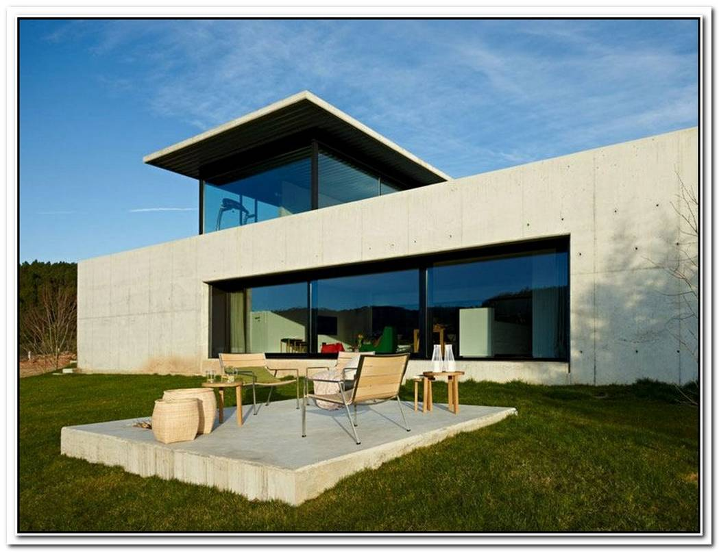 MiñO River HouseCreative Contemporary Residence In Spain
