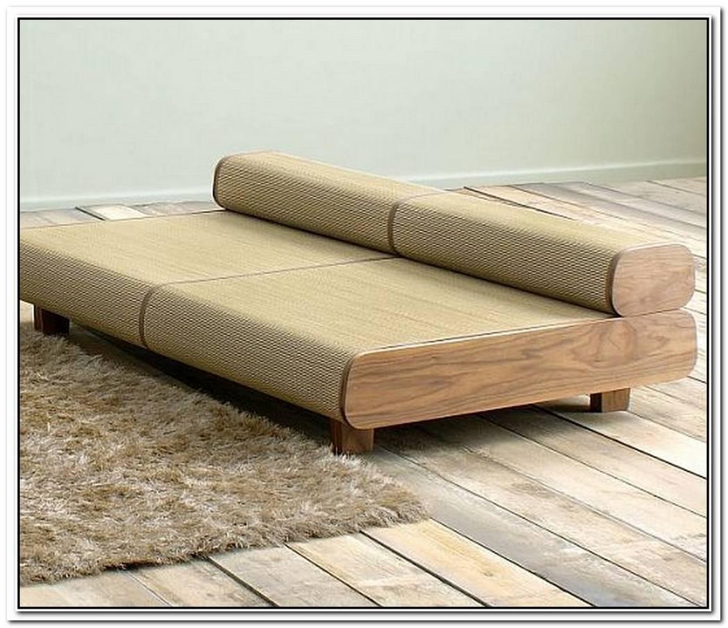 Minimalist Agura Sofa By Hisae Igarashi