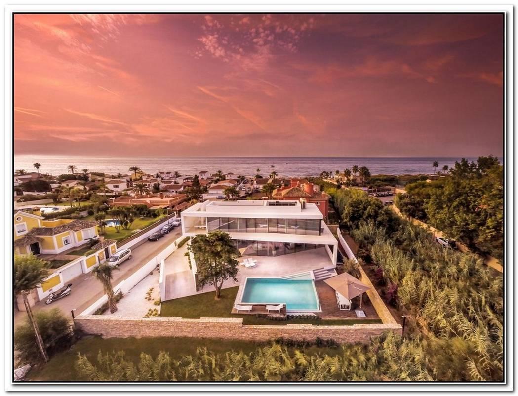 Modern Mediterranean Villa Full Of Exciting Design Details