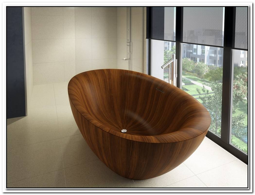 Natural Wooden Bathtub From A Legna