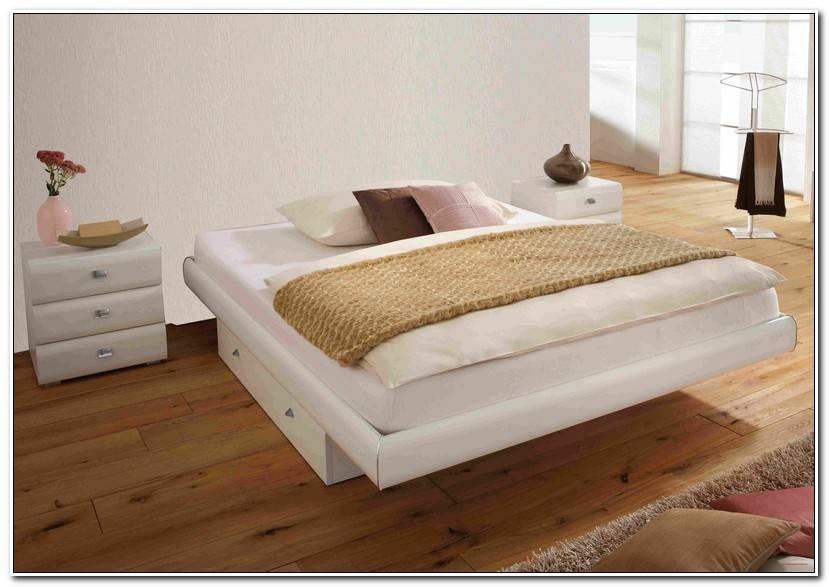 New Kissen Bett