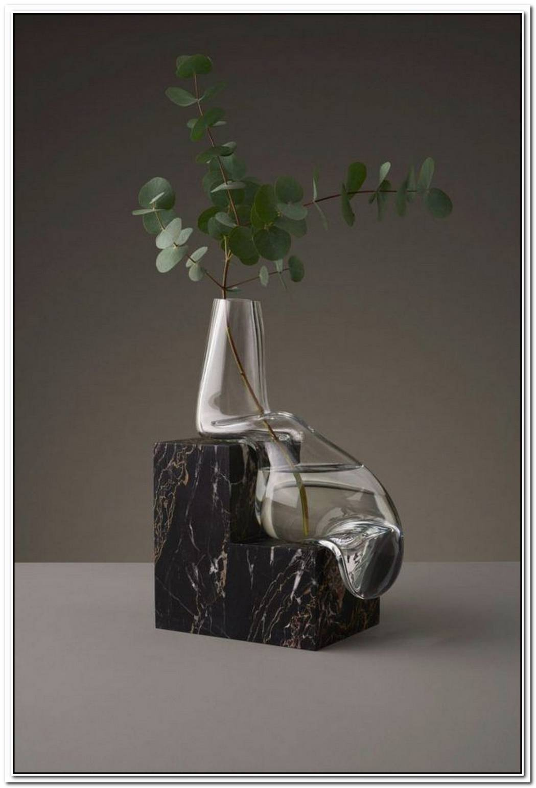 New Modern FurnitureLighting And Vase Collections