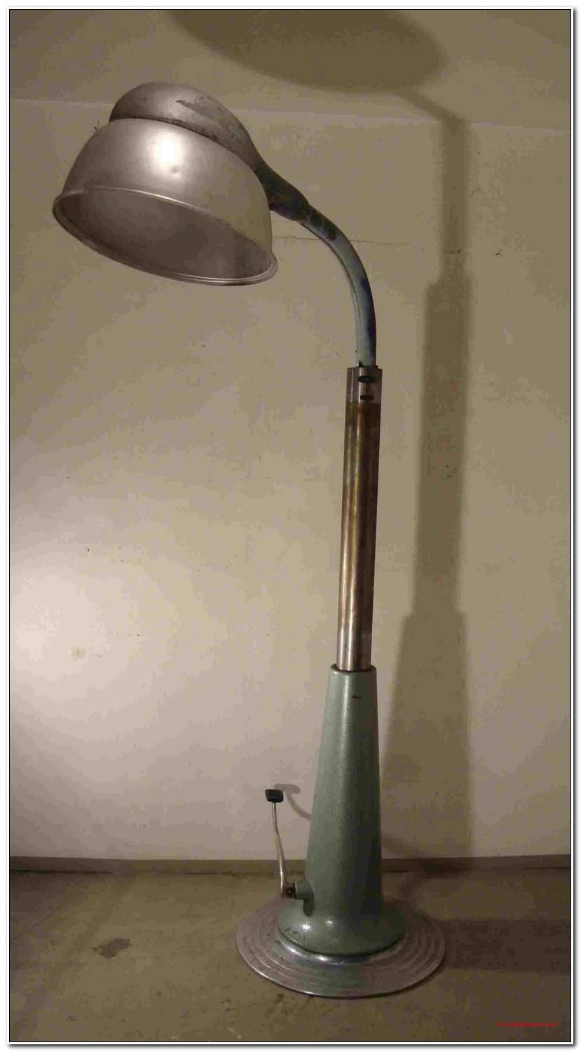 Nowadays Dreibein Lampe