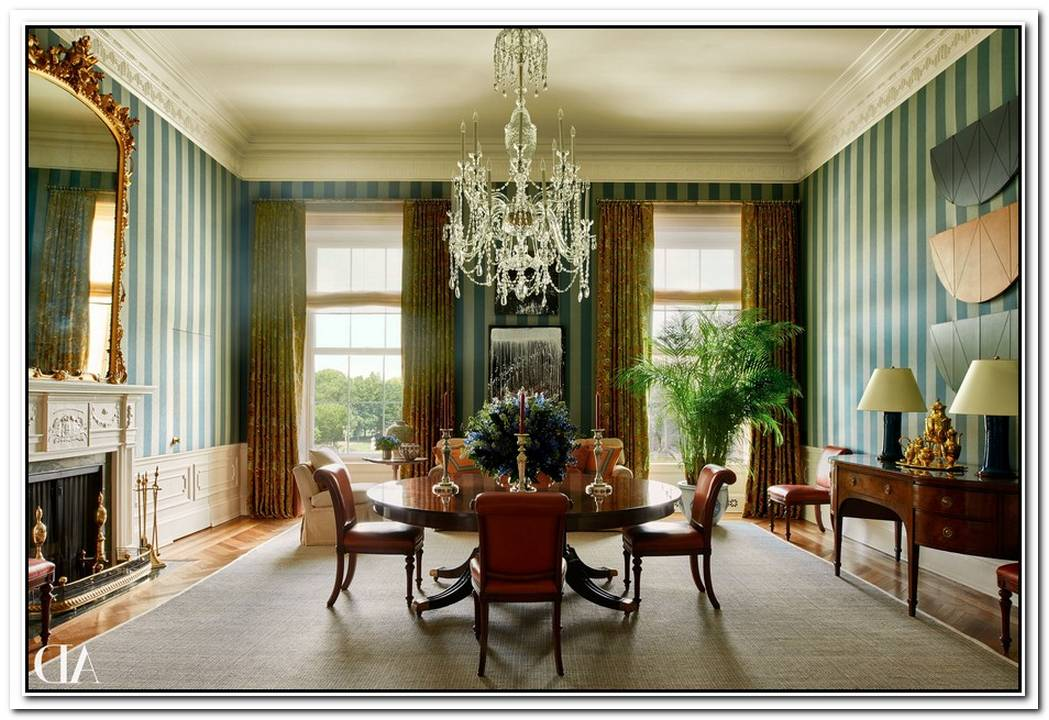 Obamas To Fund Interior Designer Personally