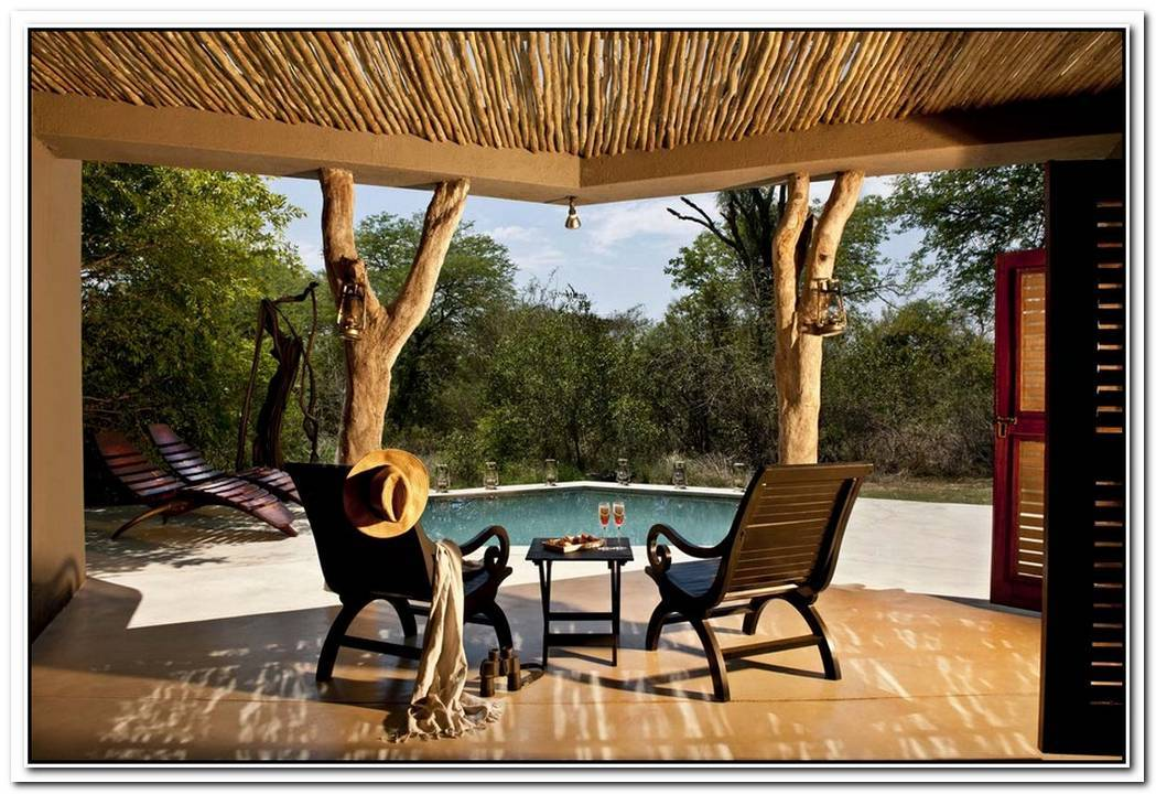 Relaxing Earth Lodge In The Sabi Sabi Game Reserve