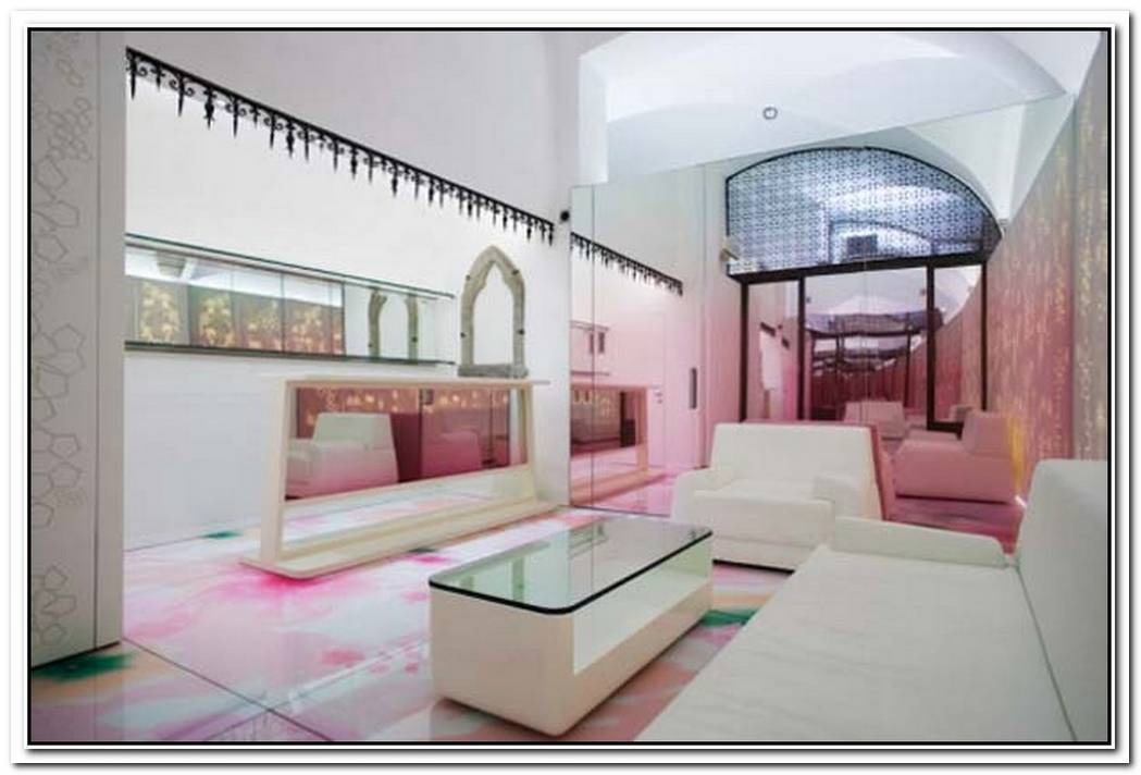 Relaxing Mixture Of ColoursSkin Aesthetic Clinic Interior Design