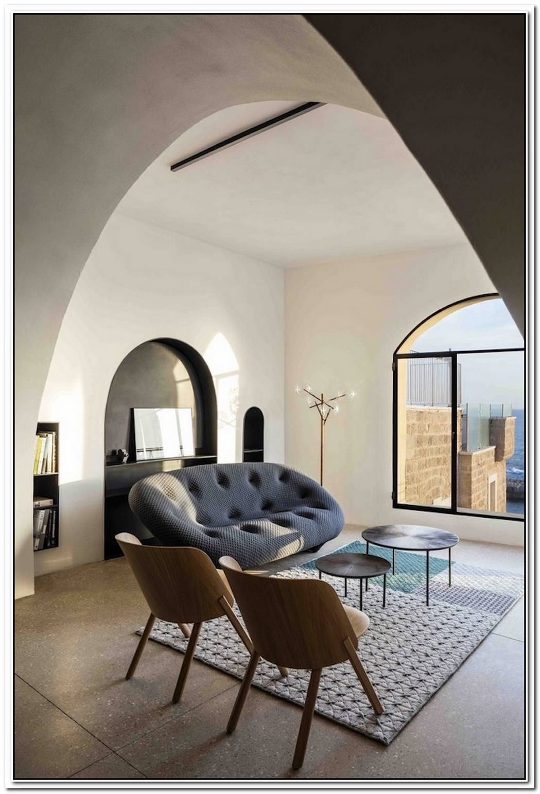 Renovated And Restructured Narrow Apartment In A Historic Neighborhood From Barcelona