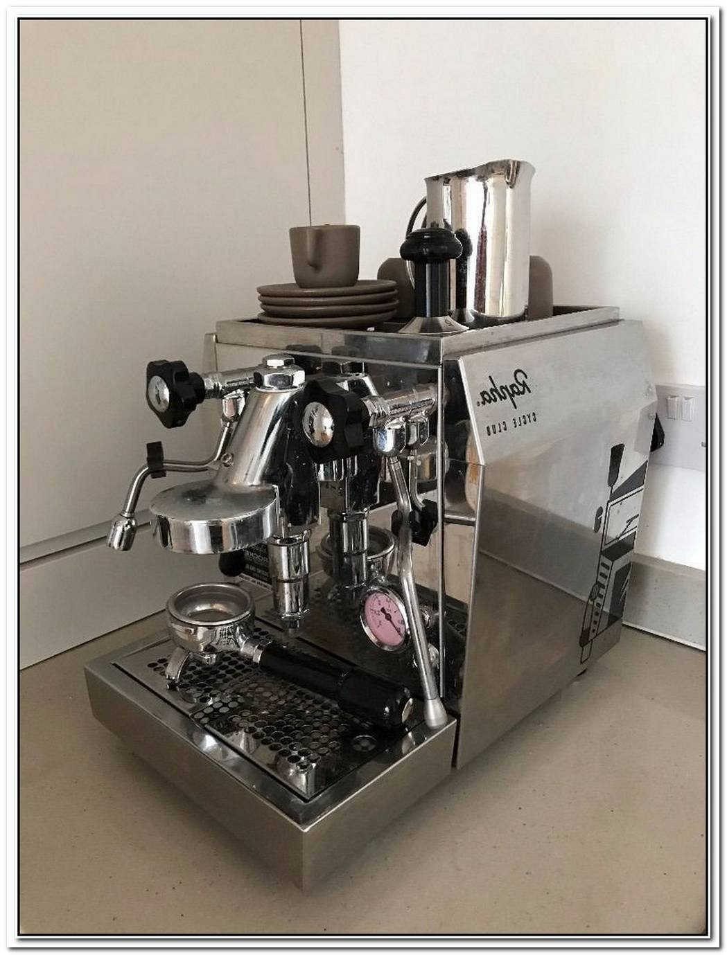 Rocket Giotto Rapha Espresso Machine