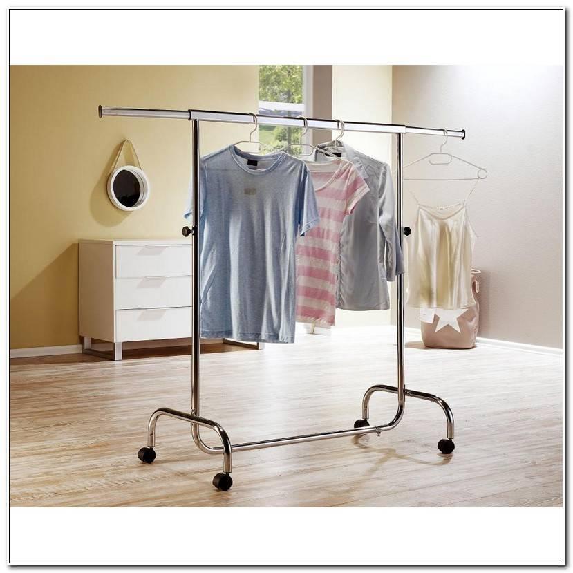Room Fahrbarer Kleiderständer