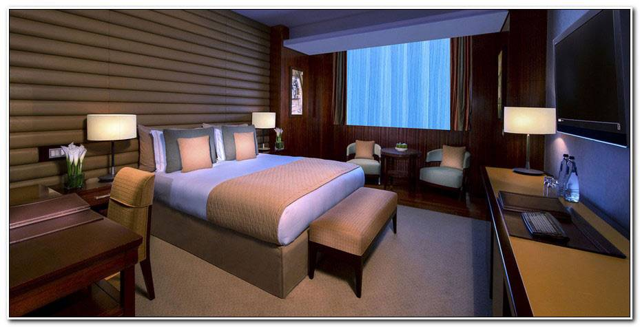 Room La La