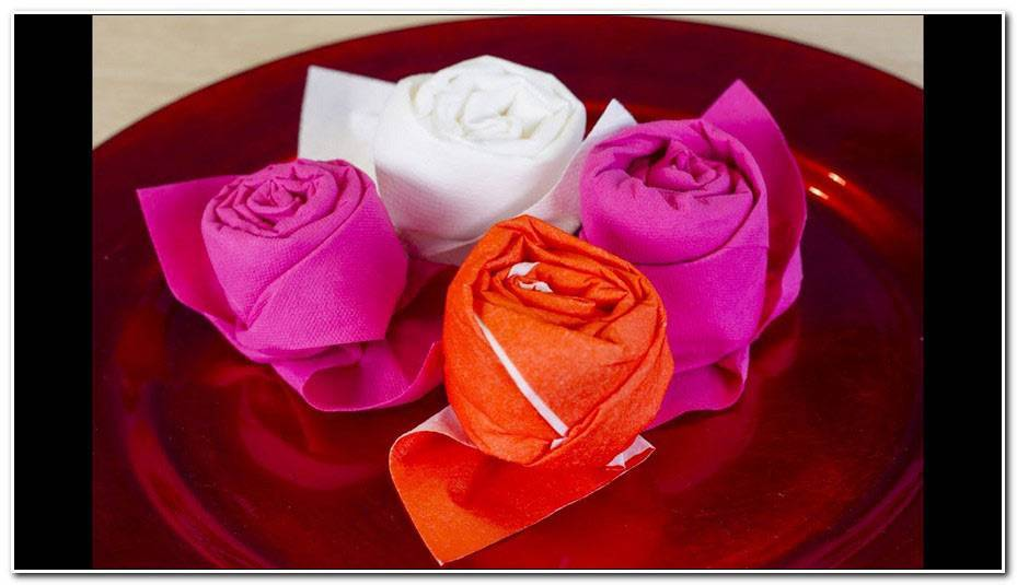 Rose En Papier Pliage