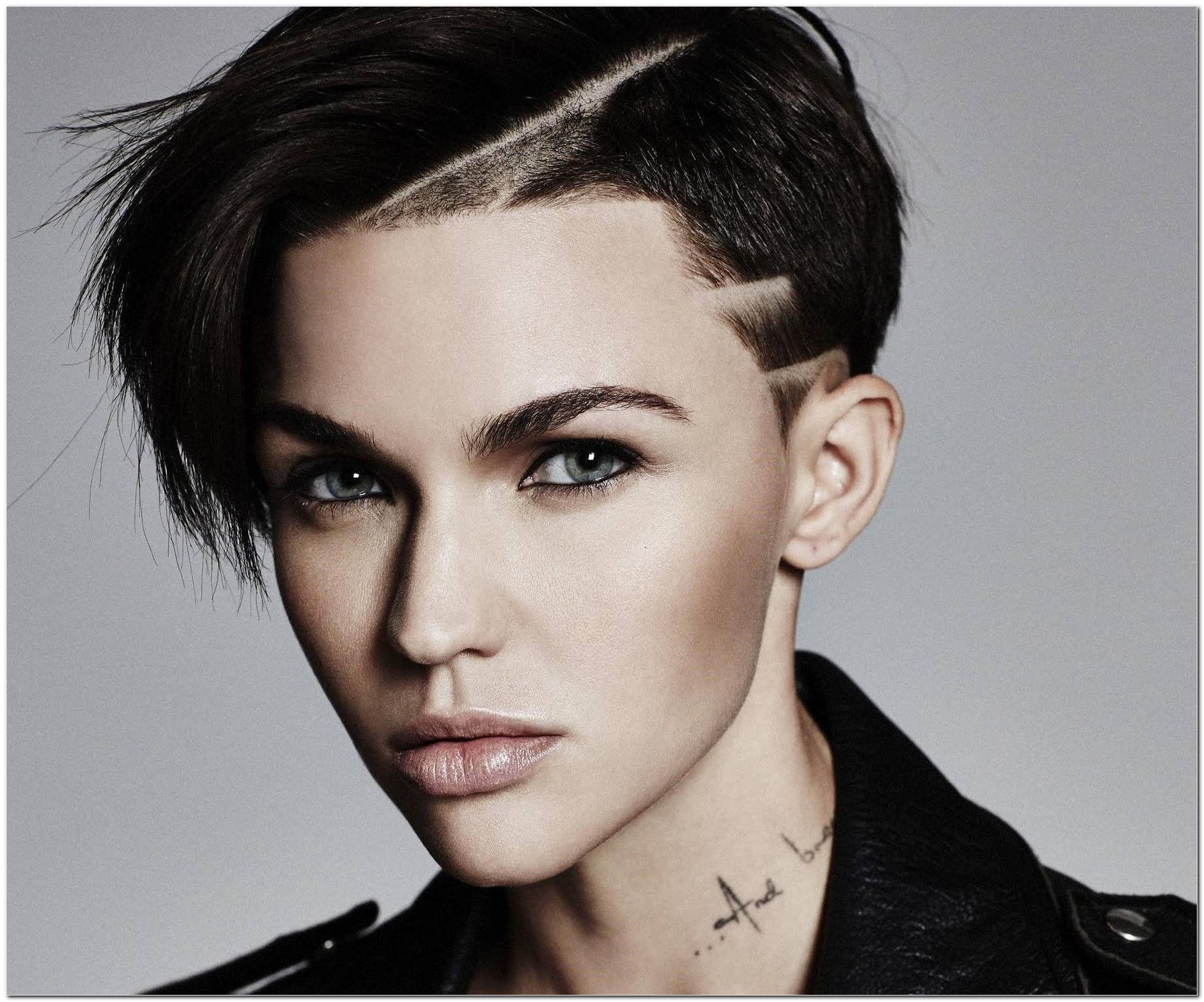 Ruby Rose Frisur