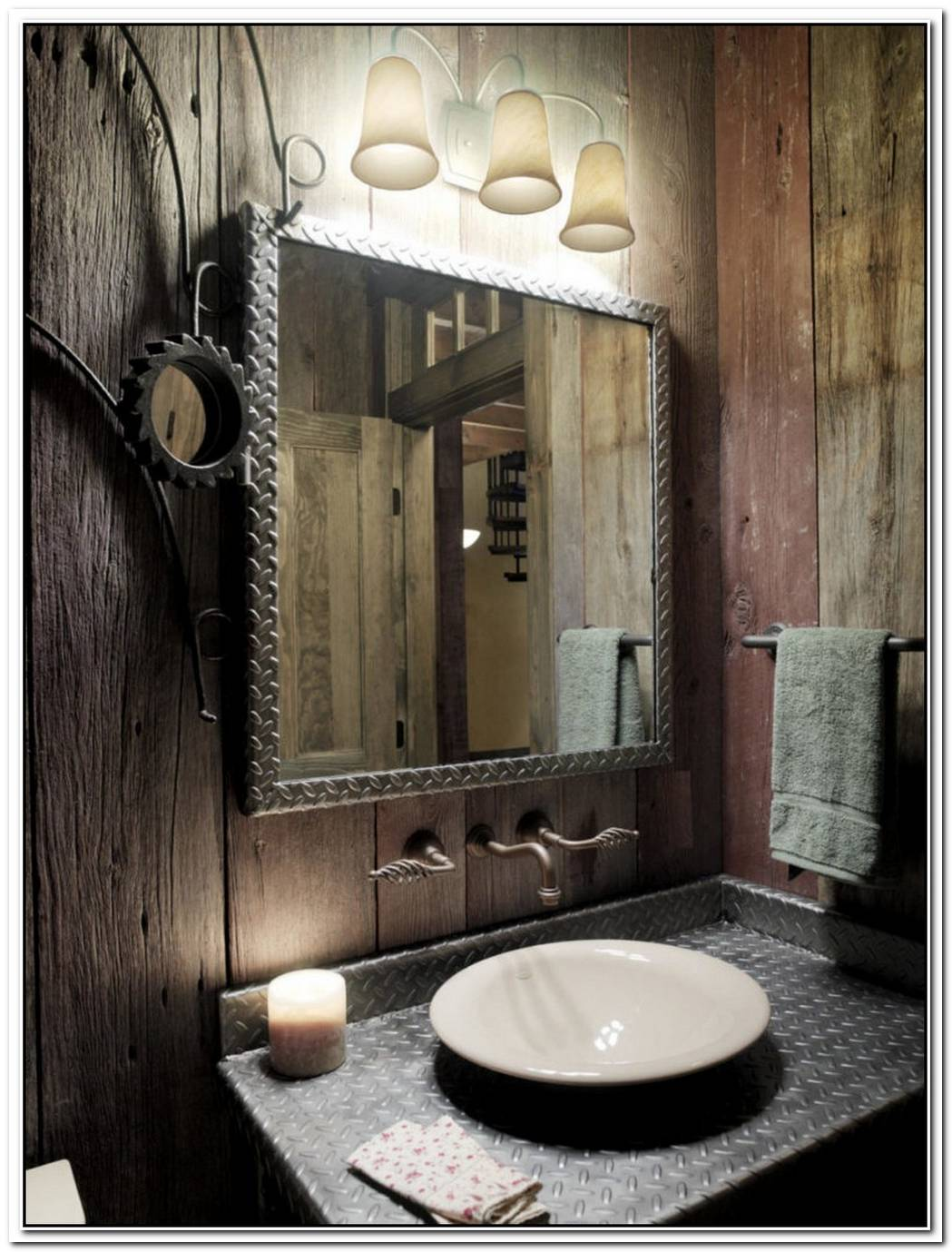 Rustic Traditional Bathroom Minimalist