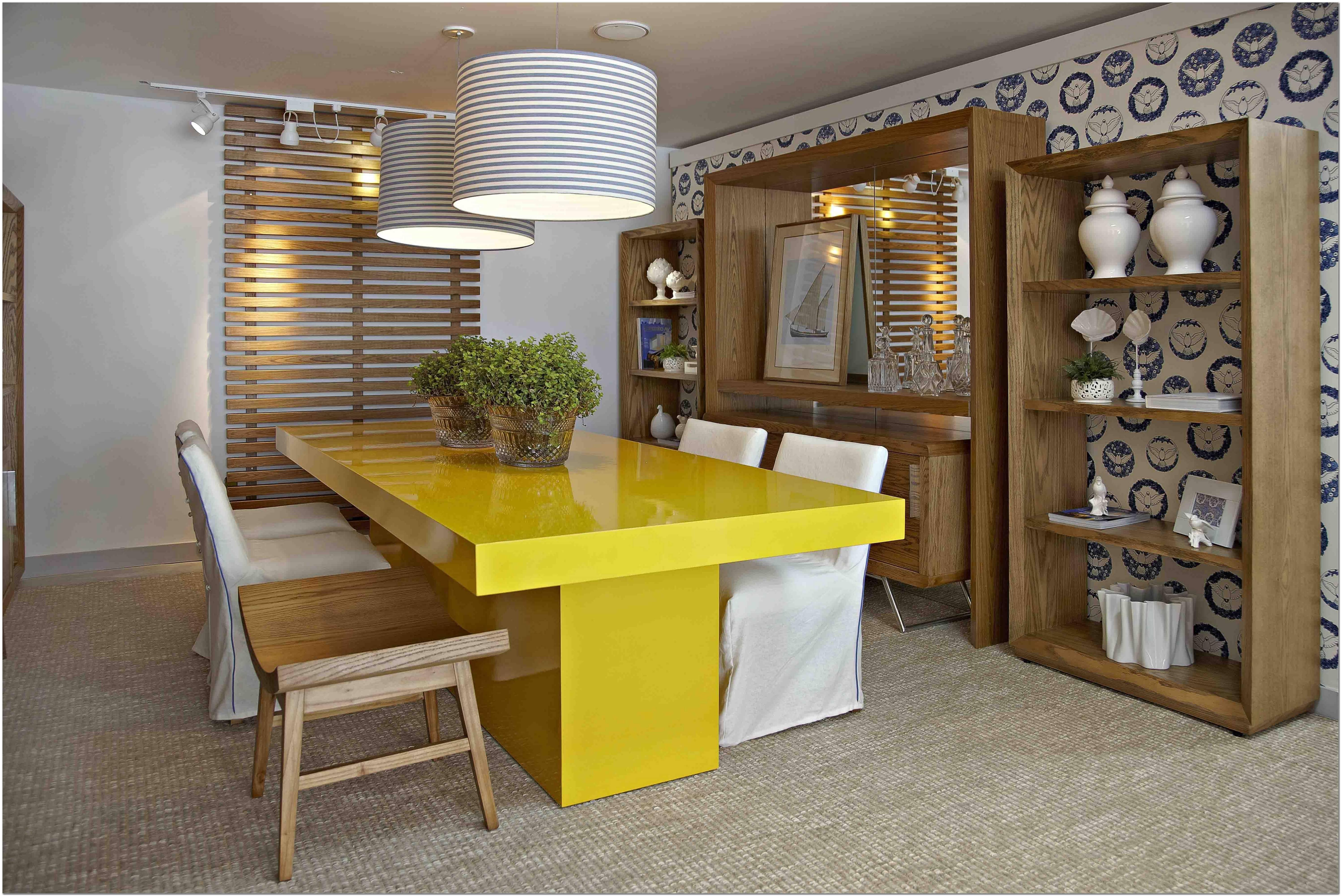 Sala De Estar Azul Turquesa E Amarelo