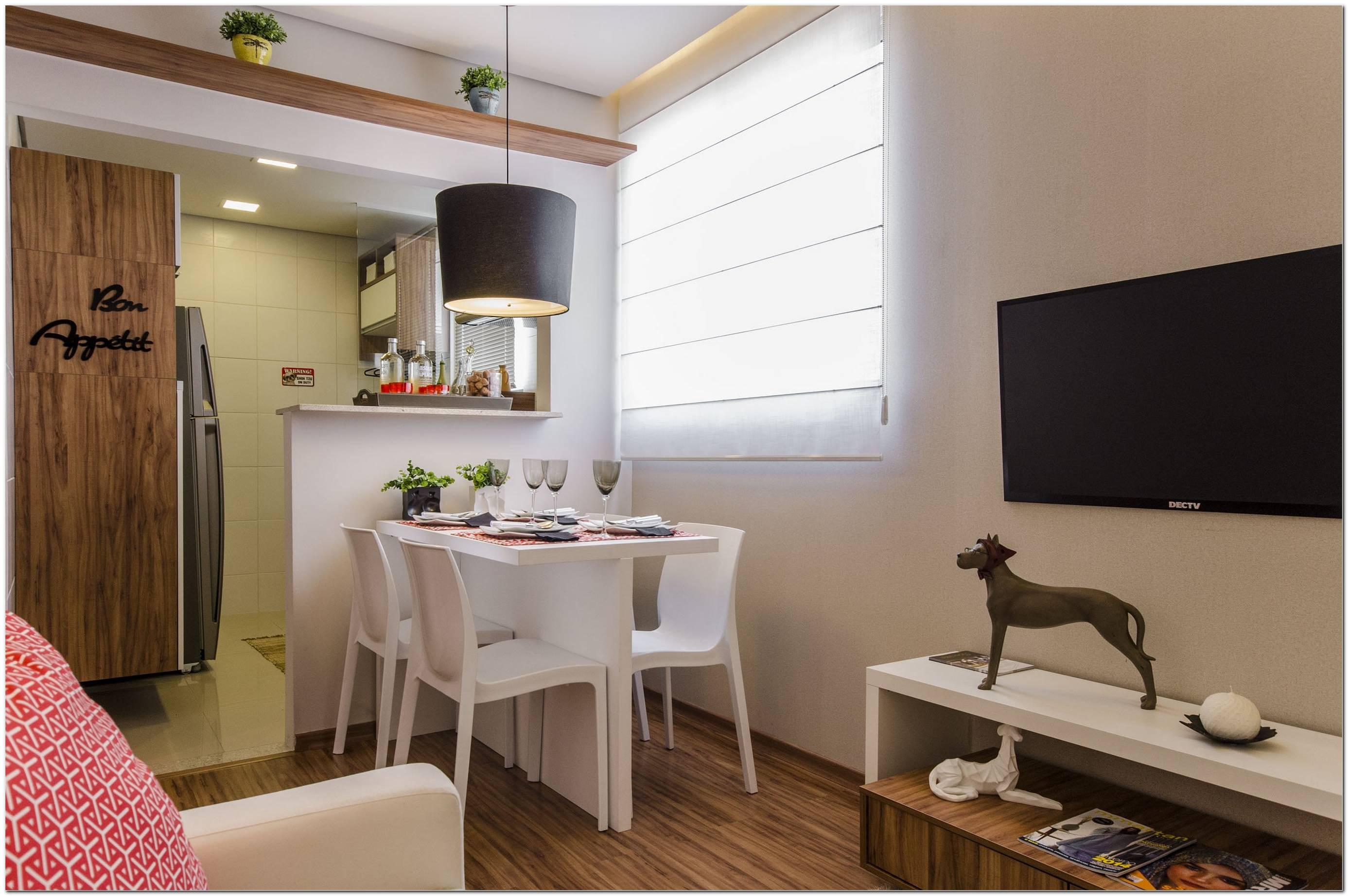 Sala De Estar Pequena Com Mesa De Jantar Apartamento