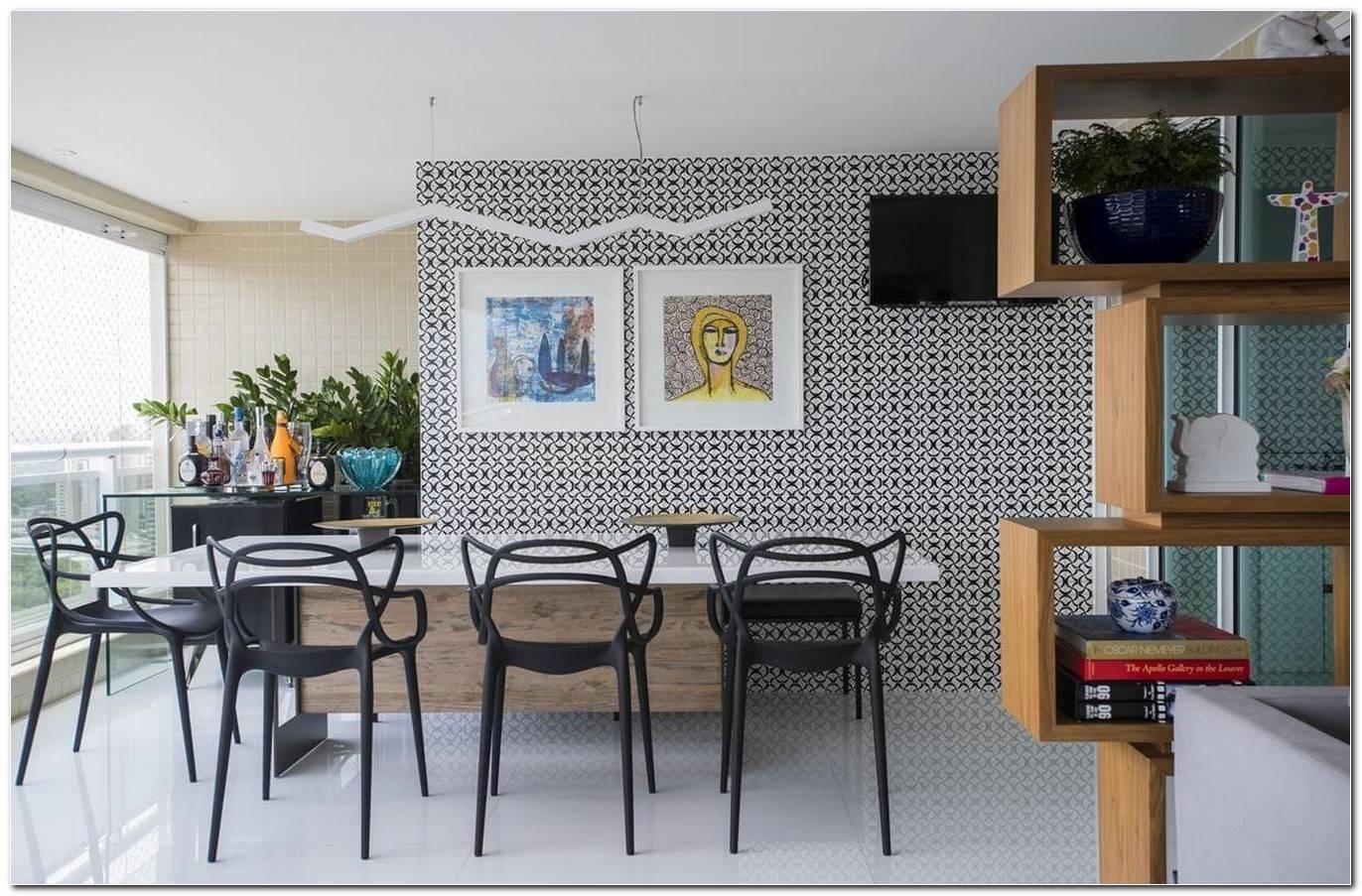 Sala De Estar Pequena Com Mesa De Jantar