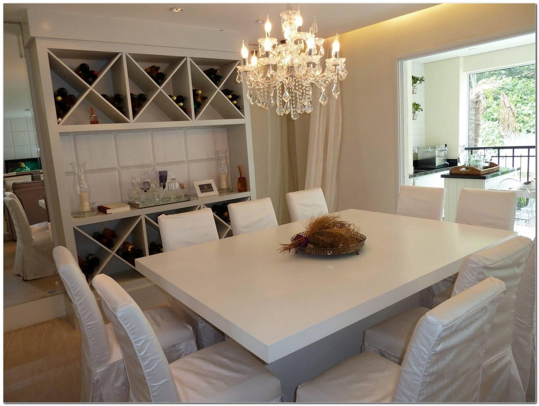 Sala De Jantar Pequena Com Adega