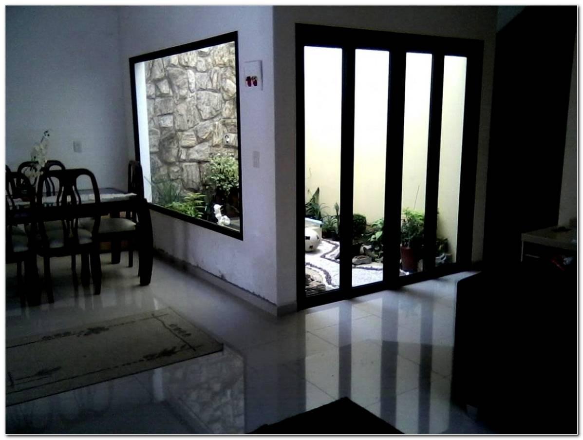 Sala De Jantar Pequena Com Jardim De Inverno