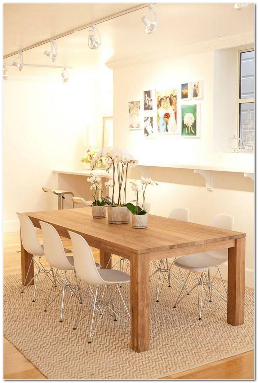 Sala De Jantar Pequena Com Tapete