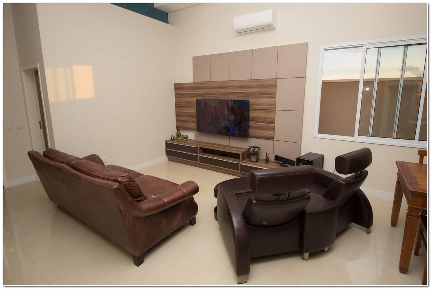 Sala De Tv Com Painel E Sofa